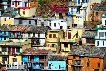 Rebecca Alderman Sang on Rooftops of Homes in India